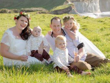 Pais casam às pressas filho pudesse participar momento