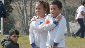 Mahia Macias, a menina de 7 anos que faz história no futebol