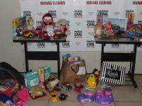 delegacia brinquedos crianças vítimas