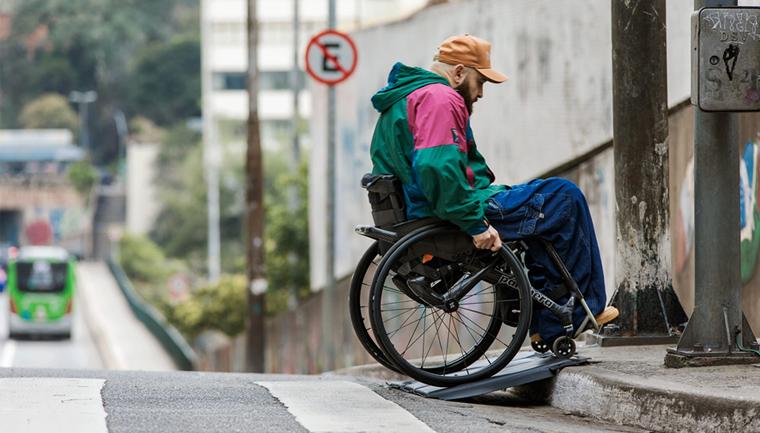 ford tapete acessibilidade cadeirantes ruas