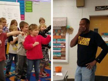 Crianças cantam parabéns em língua de sinais para zelador surdo 1