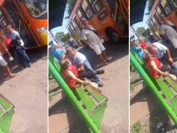 motorista ônibus carrega idosa deficiente colo