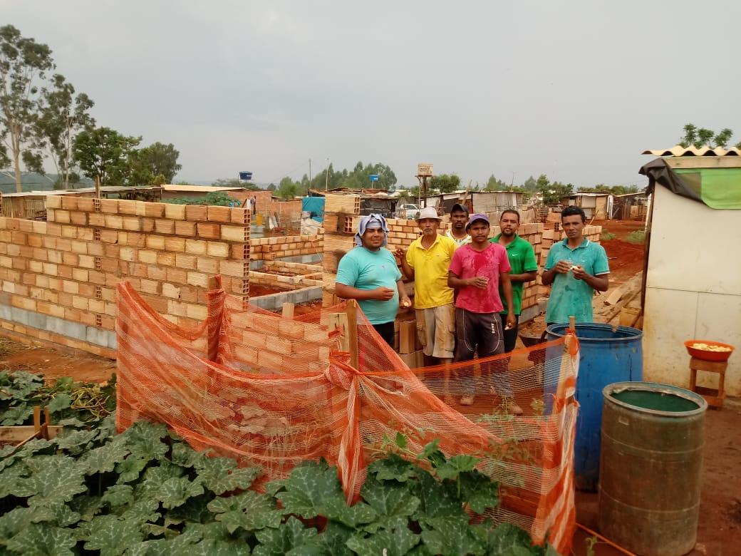 gari responsável sobrevivência 487 famílias lixão