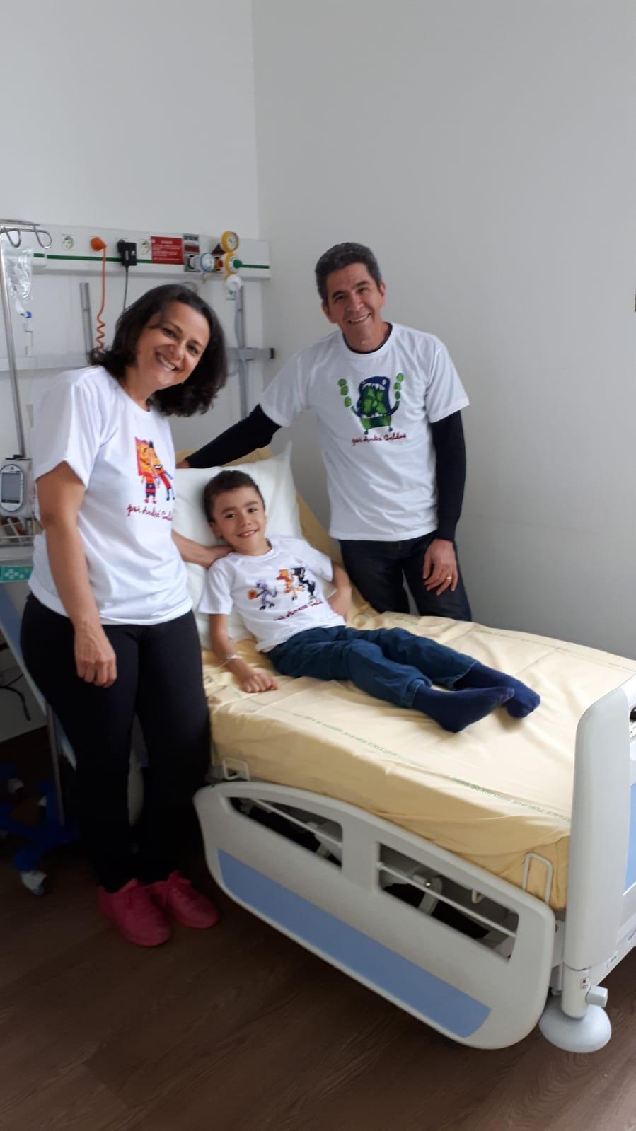 mãe cria projeto ajudar filho doença rara