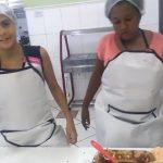 Meninas criam canal de culinária no YouTube para aprender a ler e escrever 1
