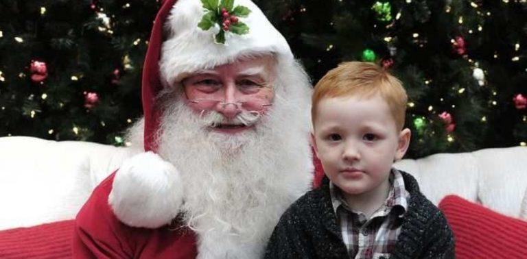 774cb878c Shopping tem Papai Noel capacitado para receber crianças autistas
