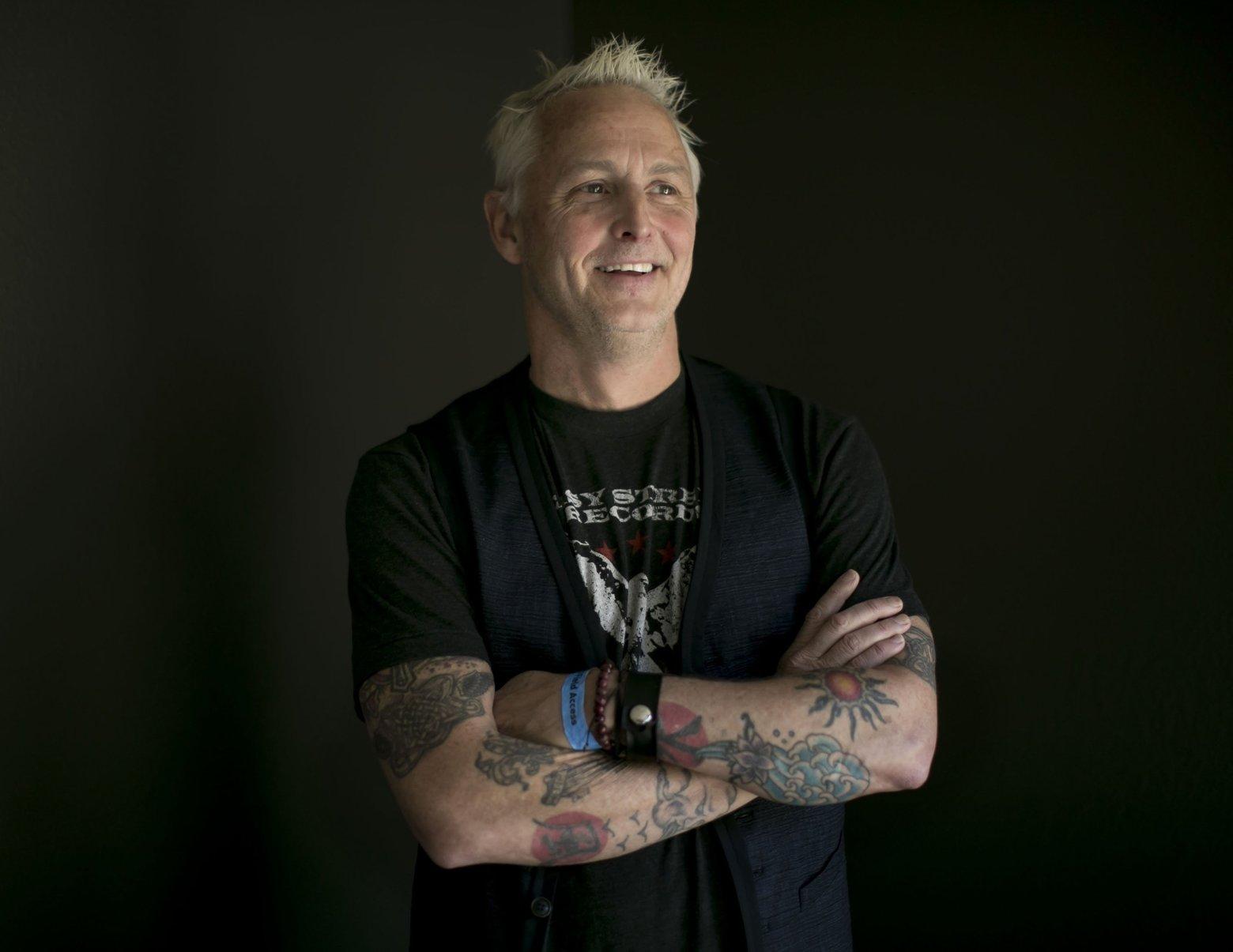 Pearl Jam anuncia doação de US$ 10,8 milhões para combater falta de moradias