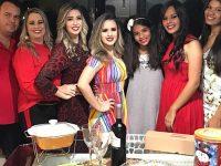 casal adota 3 filhas adolescentes
