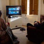 Casal de idosos joga Mario Kart diariamente para ver quem fará chá