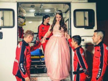 Menina celebra 15 anos ao lado de socorristas que salvaram sua vida após acidente