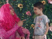 série netflix mostra drag queen alegra crianças câncer piauí