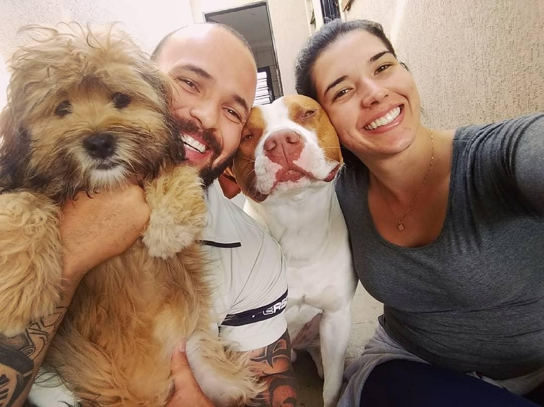casal pit bull superam juntos problemas financeiros