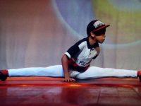 Bailarino de 9 anos, filho de manicure, tenta chegar a escola de dança na Flórida
