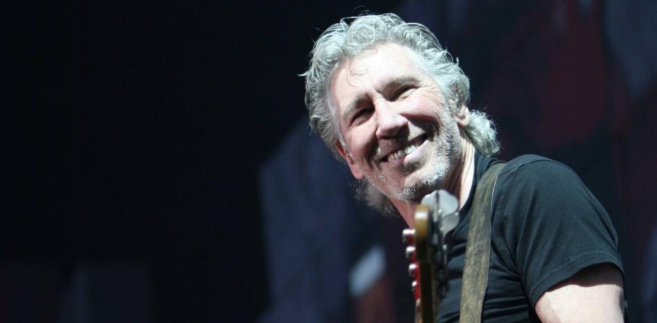Roger Waters usa jato particular para reunir mãe e filhos separados pela Guerra na Síria
