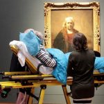 Voluntários garantem a pacientes com doença terminal um último desejo antes de falecer
