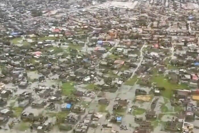 Bombeiros de Brumadinho embarcam para ajudar vítimas de ciclone em Moçambique