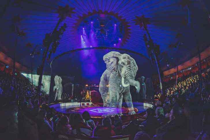 Circo alemão que se recusa a usar animais, cria lindos hologramas para admirá-los