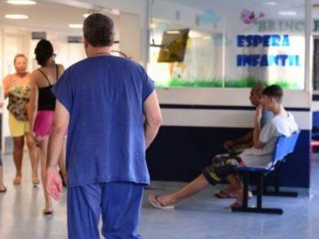 Funcionários demitidos de hospital permanecem de maneira voluntária em Americana (SP)