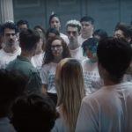 Campanha viral coloca hater frente a frente com 100 vítimas de seus xingamentos