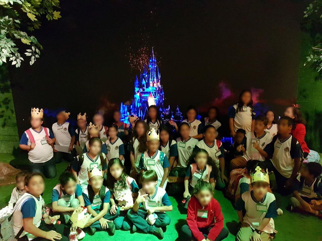 Publicitários fazem ação para levar crianças para a Disney após polêmica