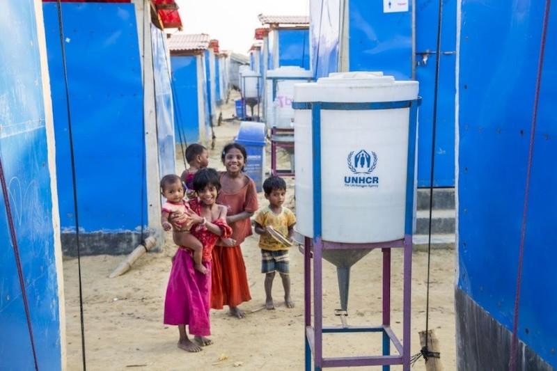 ONU usa energia solar para levar água potável a refugiados rohingya 2
