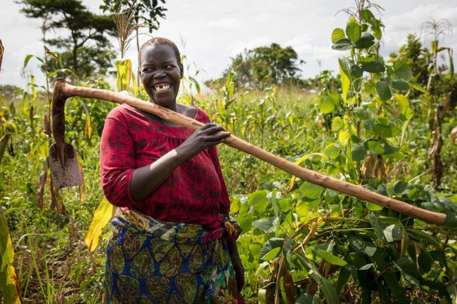 Permacultura empodera mulheres e alimenta 6 mil famílias refugiadas na Uganda 1
