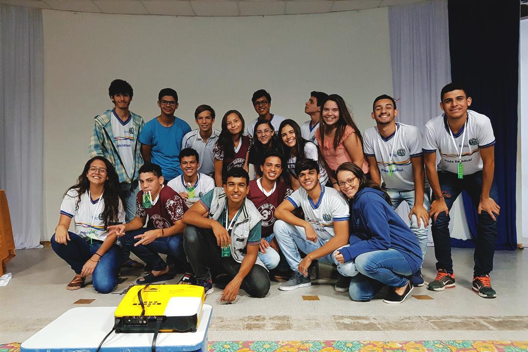 Projeto de professor pernambucano ensina alunos por meio de popular jogo de estratégia