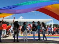 senado aprova projeto criminaliza homofobia