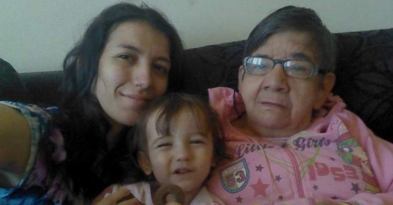 Mulher luta para adotar idosa: 'Ela ganhou um lar e eu, mais uma filha'