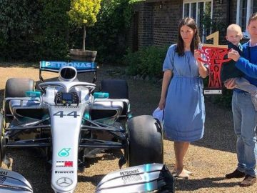 Lewis Hamilton manda carro da F-1 a menino com câncer que lhe desejou sorte antes de prova
