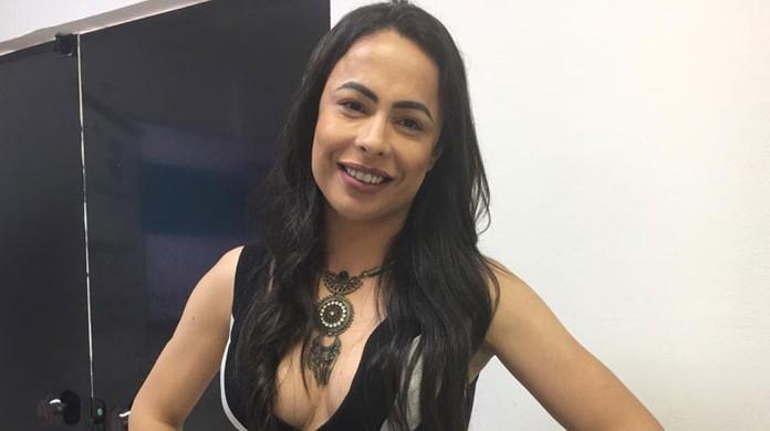 Mineira se torna primeira mulher trans a ingressar na faculdade de medicina na UFBA