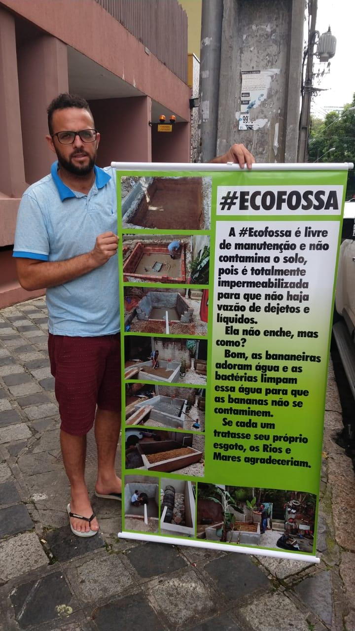 Morador constrói 'ecofossa' para comunidade sem esgoto em Colombo (PR) 7