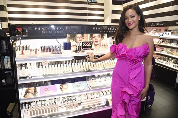 Após caso de racismo com cantora SZA, Sephora fecha 400 lojas para treinar funcionários