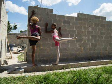 grupo meninas constrói escola balé complexo alemão