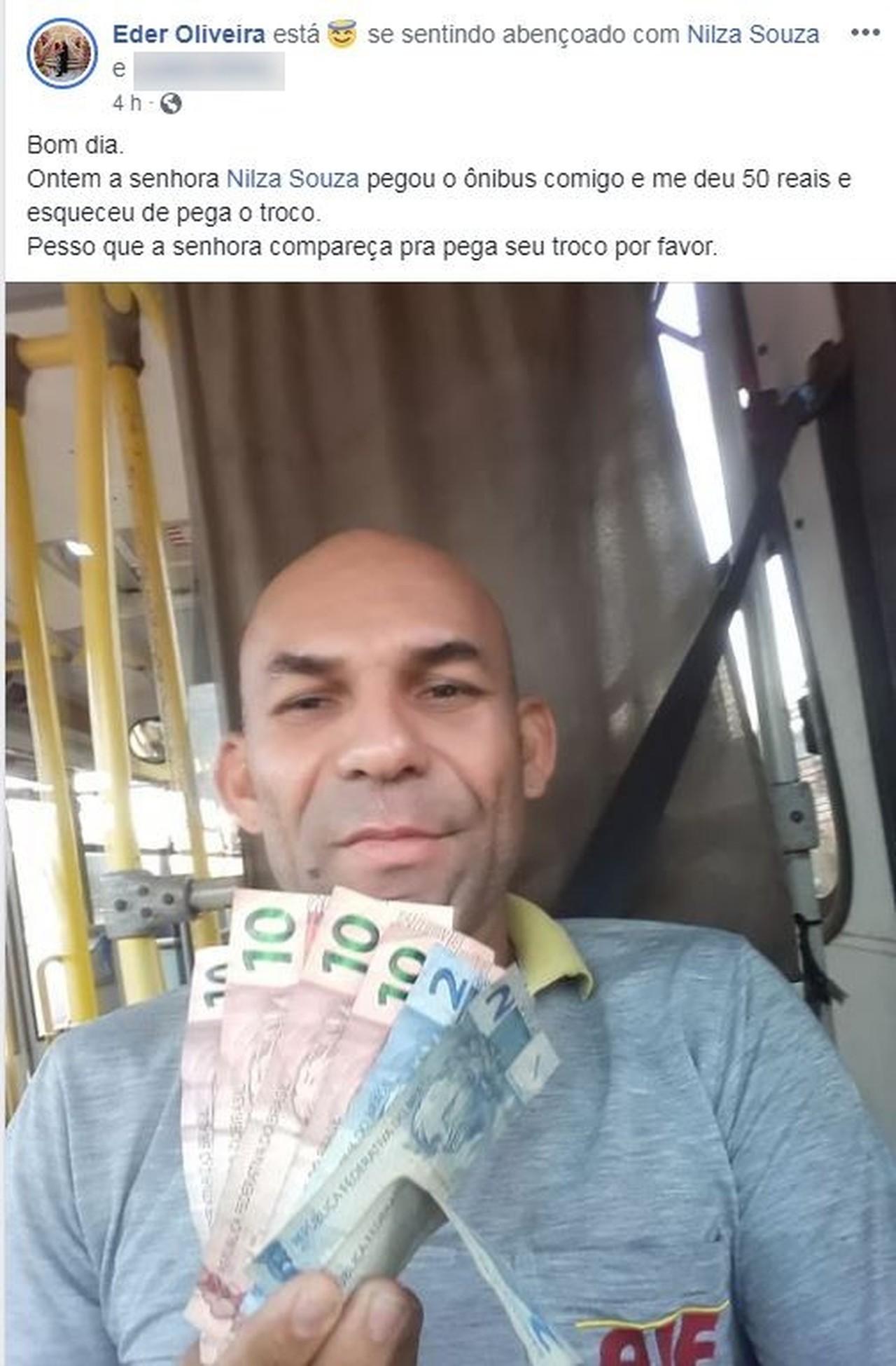 Pelo Facebook, motorista encontra passageira que esqueceu troco em ônibus no AC