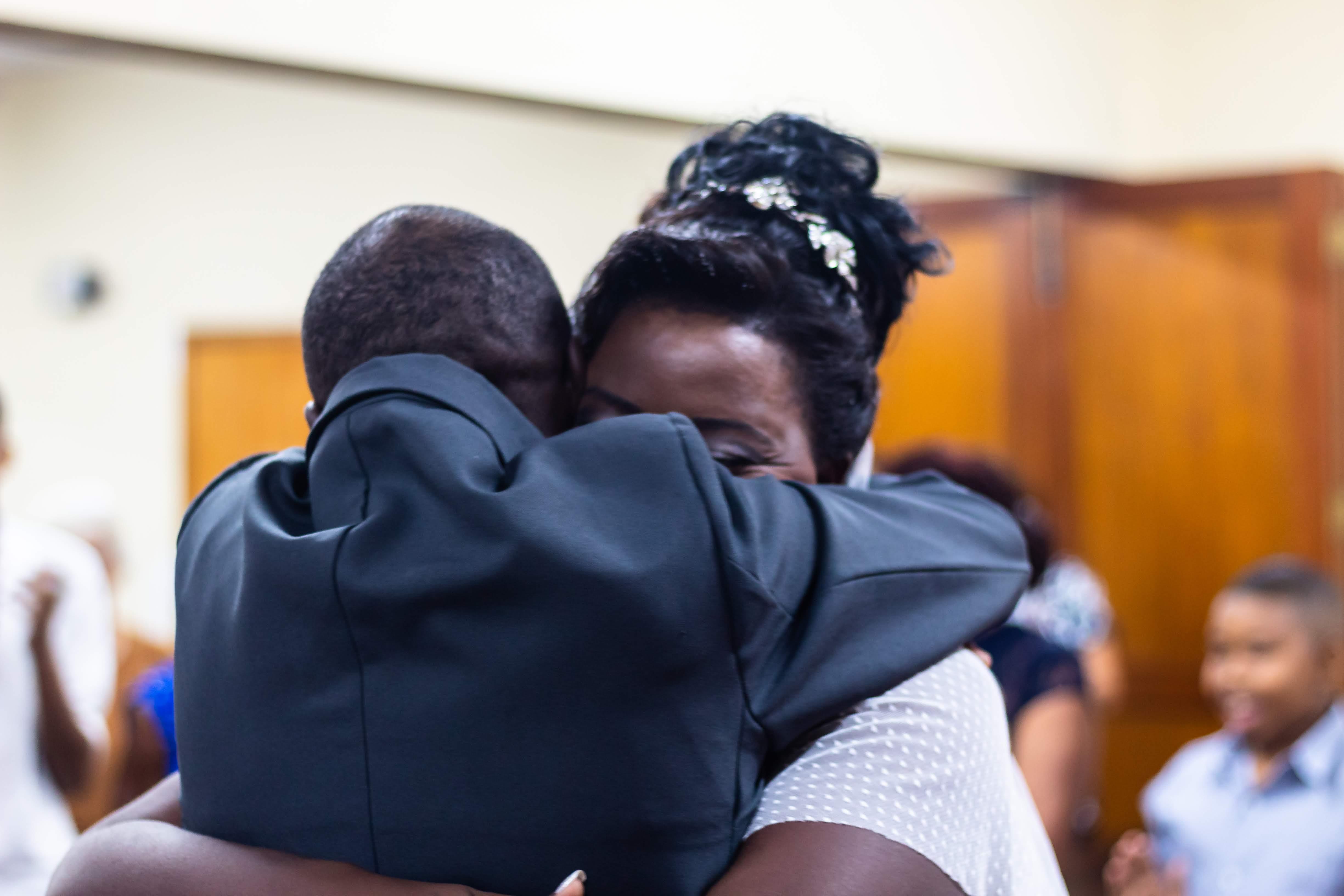casal ex-moradores rua ganha ajuda voluntário sonho casamento