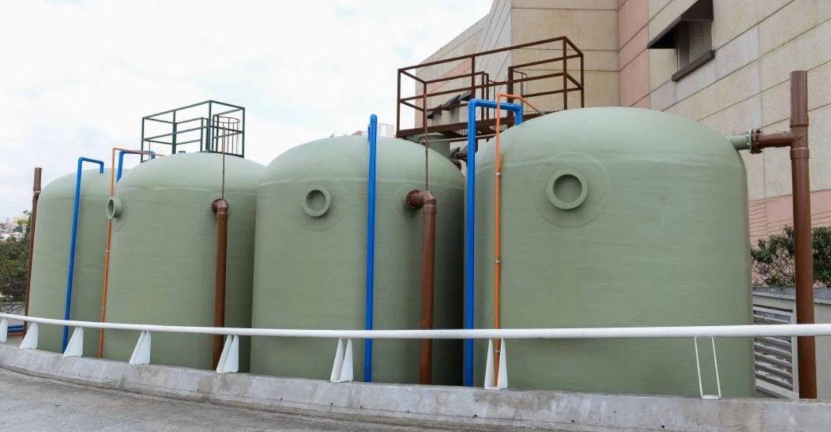 Com tratamento de esgoto, shopping reusa 7 milhões de litros de água por mês