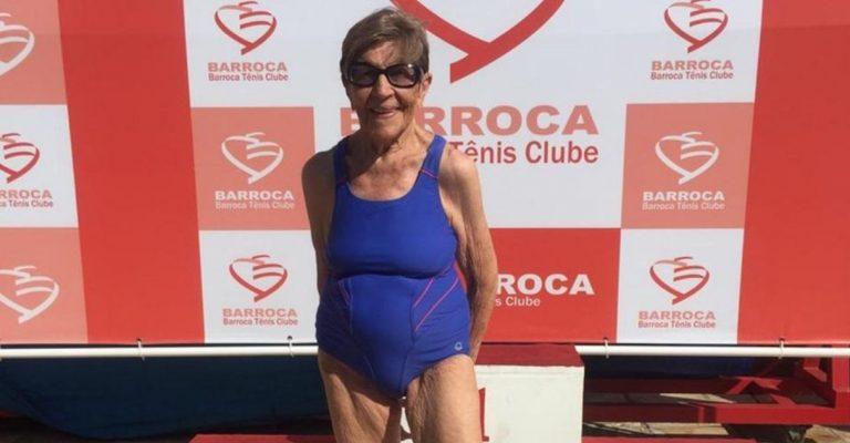 Aos incríveis 100 anos de idade, nadadora brasileira bate recorde na natação - veja vídeo