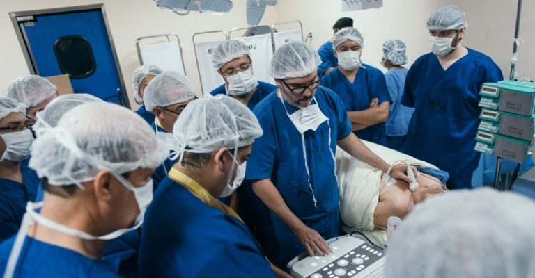 Nova técnica trata nódulos de tireoide sem deixar cicatriz