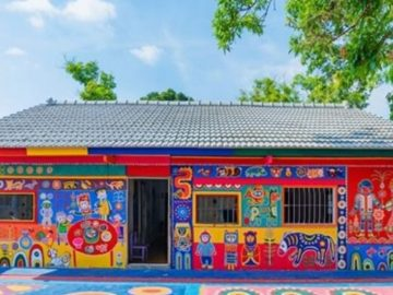 Idoso taiwanês de 97 anos salva sua aldeia pintando casas com arte colorida