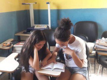 Alunos se mobilizam para construir biblioteca em bairro carente de Cotia (SP) 2