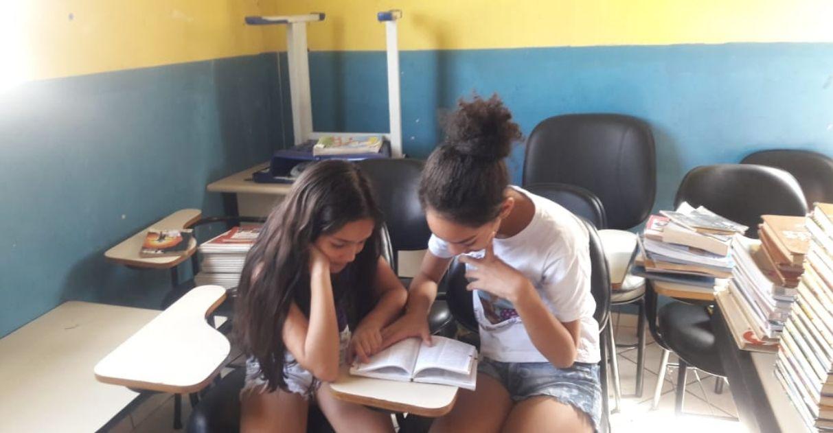 Alunos se mobilizam para construir biblioteca em bairro carente de Cotia (SP) 3