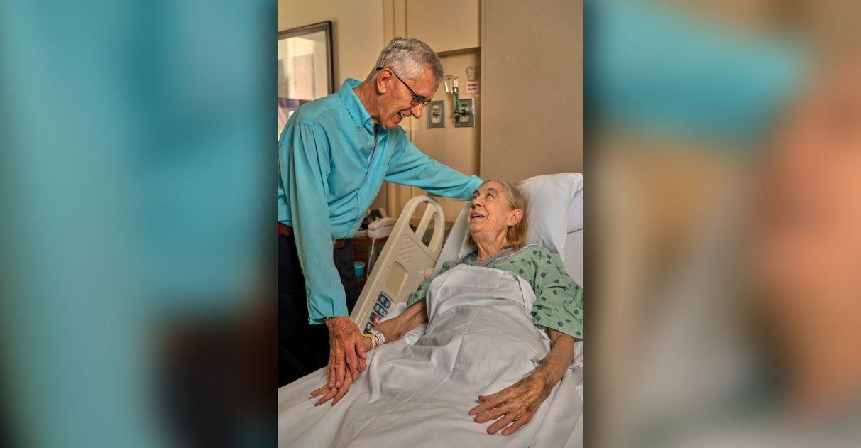Idoso de 84 anos doa rim para sua vizinha, de 72: