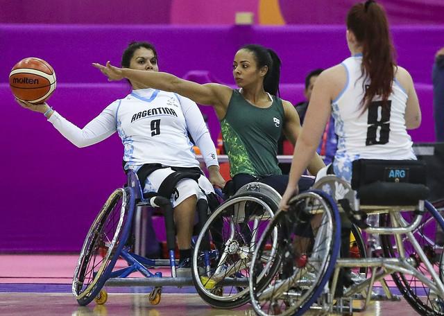 jogadoras basquete feminino cadeira rodas