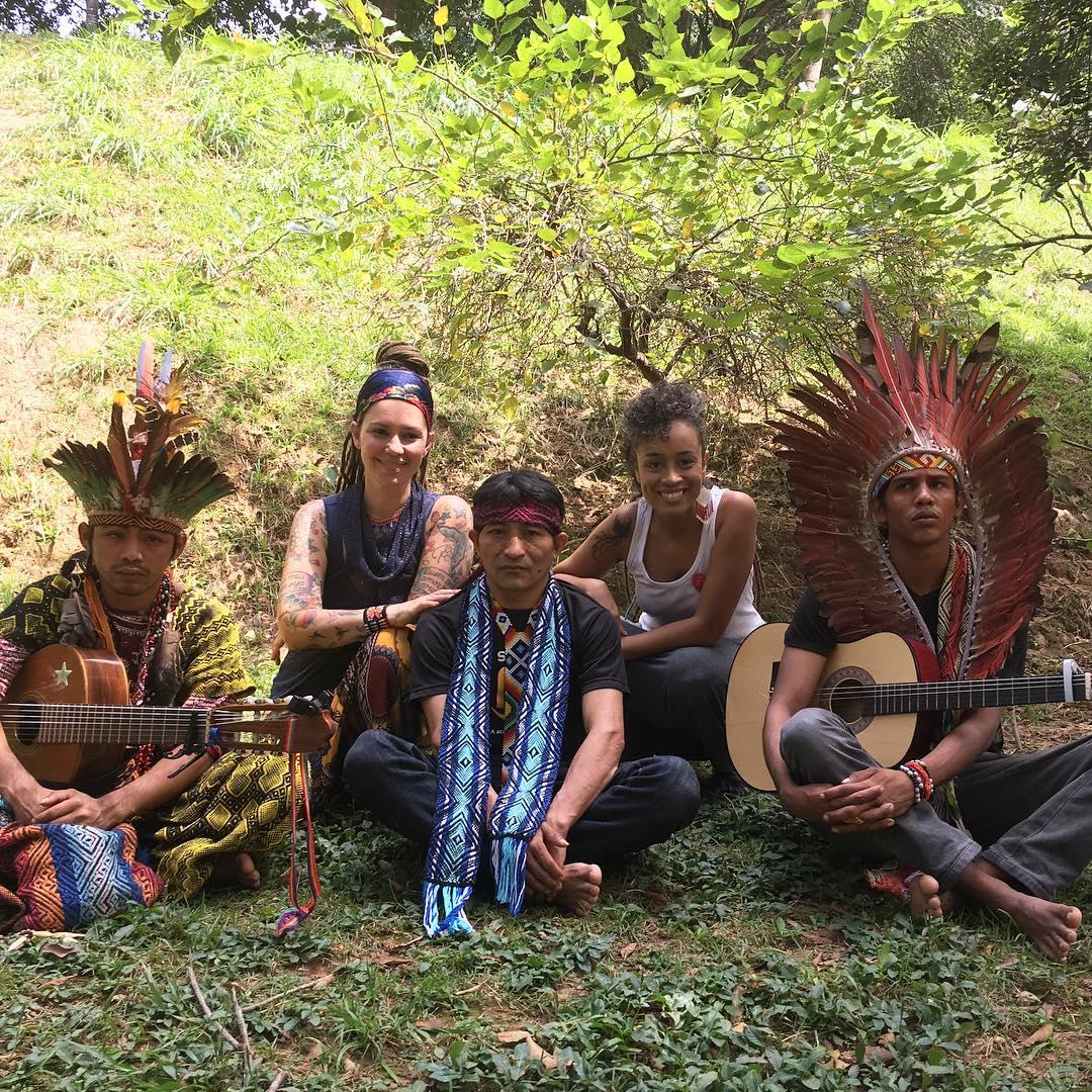 vaquinha poço crianças indígenas consumo água contaminada