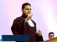 Formando surdo escolhido como orador turma primeira vez UFPI