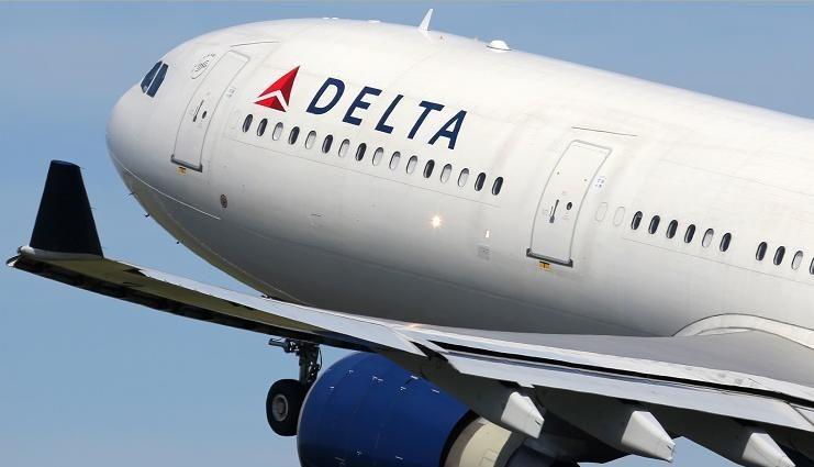 Delta oferece 100 voos para ajudar sobreviventes e fornece mais US$ 1,5 milhão para a linha de denúncia de tráfico de pessoas dos Estados Unidos