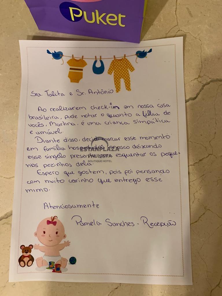carta escrita à mão com desenhos de bebê