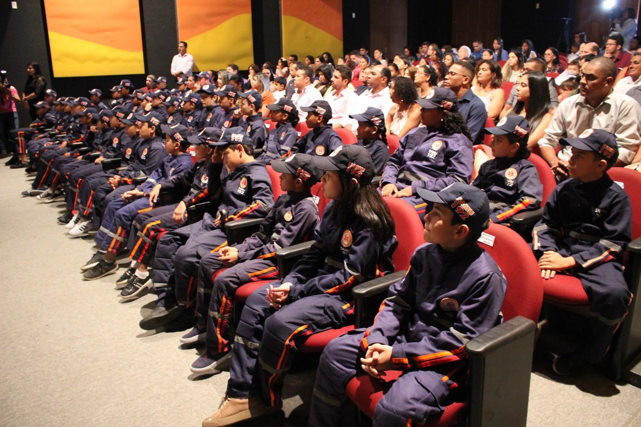 cerimônia graduação samuzinho
