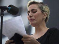 Lady Gaga financiará projetos escolares cidades afetadas tiroteios EUA